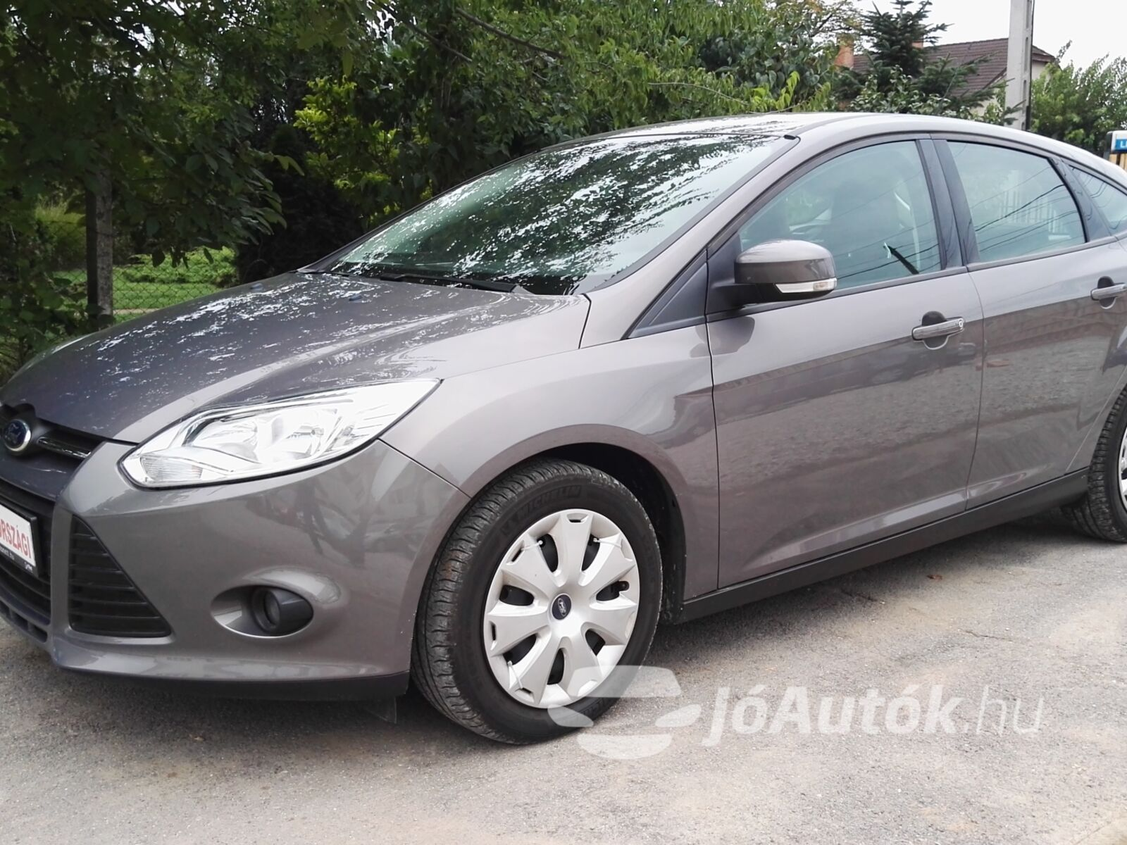 FORD Focus 1.6 TDCi Trend Plus - bal eleje